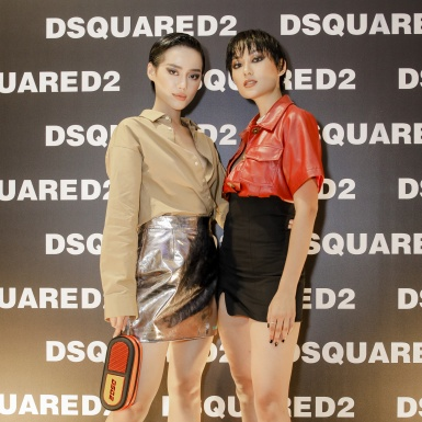 Khánh Linh và Thu Anh xuất hiện như hai chị em song sinh tại sự kiện