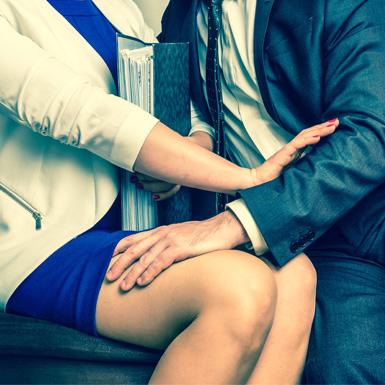 Chấn động con số 60% phụ nữ châu Âu bị quấy rối tình dục nơi công sở