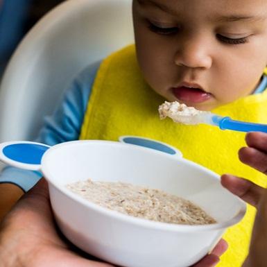 Mỹ gây sốc khi có đến 95% mẫu thử thức ăn cho trẻ em chứa 4 thành phần kim loại độc