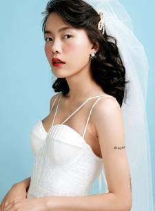 Phá vỡ lối trang điểm cứng nhắc để cô dâu được là chính mình trong ngày trọng đại