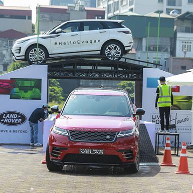 """Range Rover Evoque mới và hành trình """"Above & Beyond Tour"""" tại Hà Nội"""