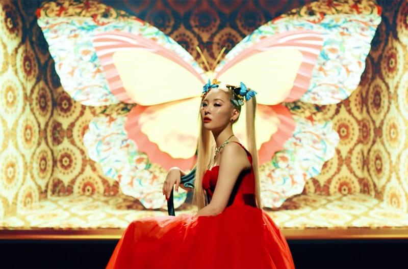 Jisoo-BLACKPINK-dung-hang-Sandara-Park-me-rong-Emily-Clarke-Dolce-Gabbana-DepOnline-06