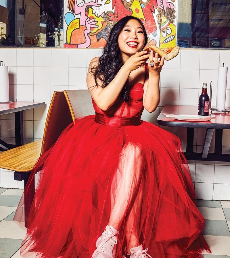 Jisoo-BLACKPINK-dung-hang-Sandara-Park-me-rong-Emily-Clarke-Dolce-Gabbana-DepOnline-11