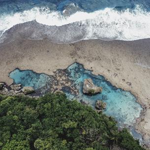 """Đến Philippines ngắm hồ thủy triều Magpupungko – """"giọt lệ giữa đại dương"""" của đảo Siargao"""
