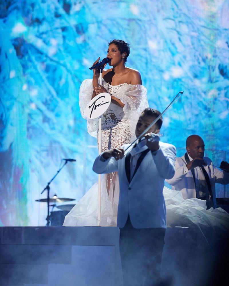 american music awards 2019 - toni braxton