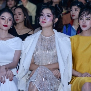 Dàn Á hậu Việt khoe sắc khi xuất hiện chung khung hình