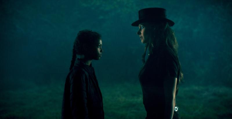 Ký Ức Kinh Hoàng - Abra và Rose the Hat