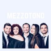 """Mezzotono – nhóm nhạc acapella nổi tiếng của nước Ý đến Việt Nam hát """"Hồ Trên Núi"""""""