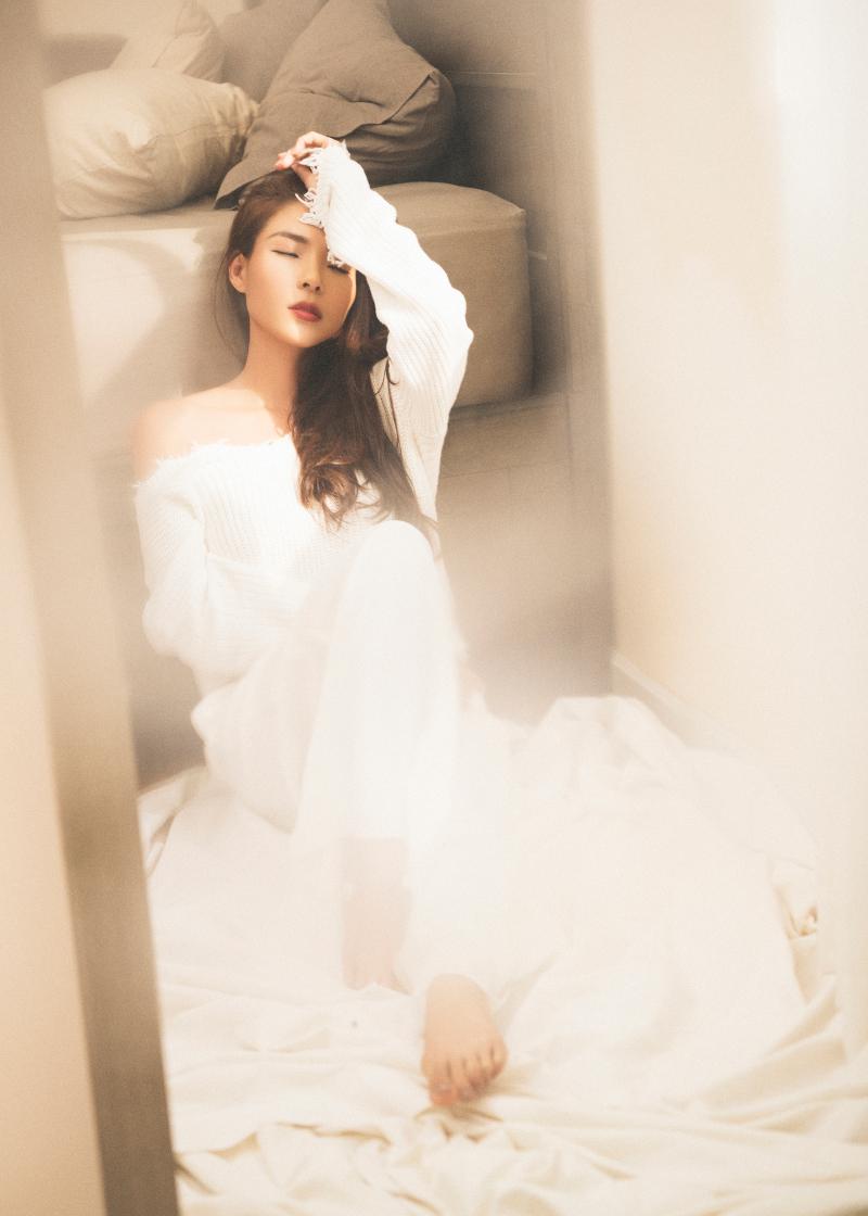 nữ diễn viên thúy diễm xinh như nàng thơ