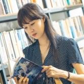 """Dong Baek trong """"Khi hoa trà nở"""" và thông điệp tích cực về tình yêu thứ hai của các bà mẹ đơn thân"""