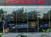Ford Tourneo: Chiếc xe dành cho cả người lái lẫn ông chủ