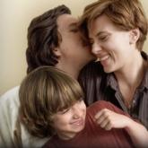 """""""Marriage Story"""": Hiện thực khô khốc của hôn nhân trật nhịp"""