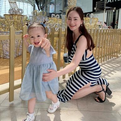 """Đi du lịch cùng con nhỏ, Lan Phương """"mách nước"""" mẹ bỉm sữa cách giúp bé không quấy khóc"""