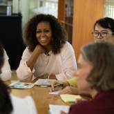 Bà Michelle Obama ghé thăm Long An, thảo luận về việc phát triển tiềm năng giáo dục trẻ em gái
