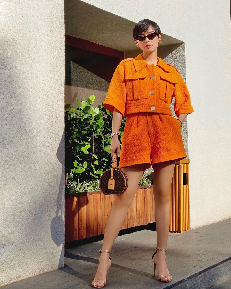 street-style-sao-Viet-tuan-qua-Ha-Ho-Khanh-Linh-DepOnline-02