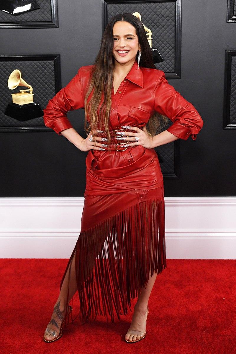Ariana-Grande-hoa-cong-chua-BTS-nhu-hoang-tu-tren-tham-do-Grammy-2020-DepOnline-16