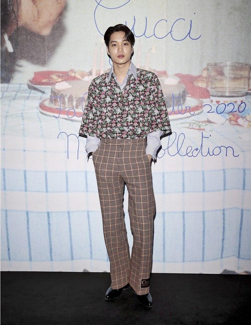 BST-Gucci-Menswear-Thu-Dong-2020-Su-tro-lai-cua-chiec-tui-huyen-thoai-DepOnline-12