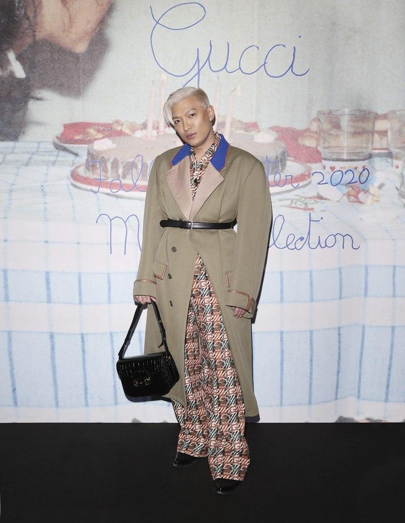 BST-Gucci-Menswear-Thu-Dong-2020-Su-tro-lai-cua-chiec-tui-huyen-thoai-DepOnline-14