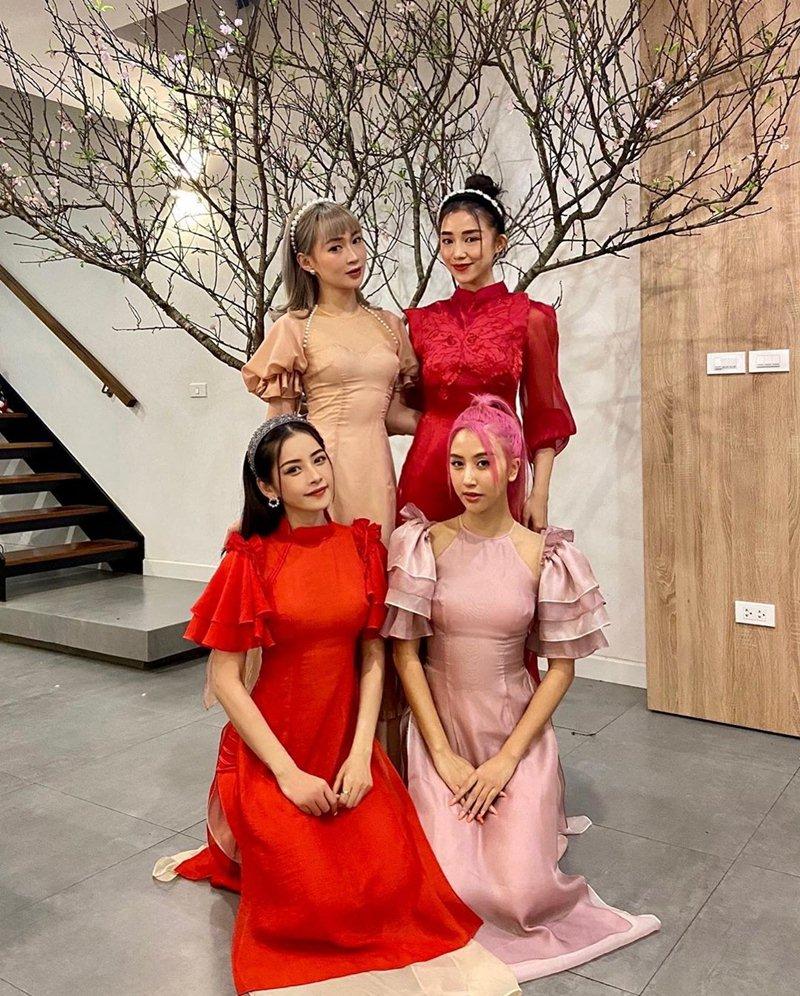 My-nhan-Viet-xung-xinh-Ao-dai-khai-xuan-don-Tet-DepOnline-23