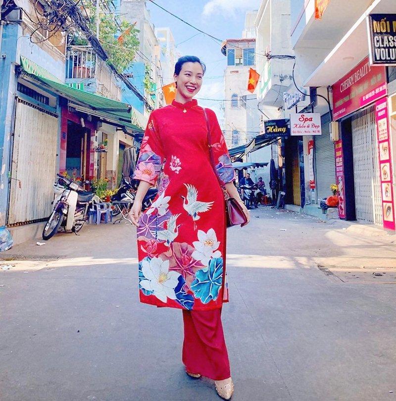 My-nhan-Viet-xung-xinh-Ao-dai-khai-xuan-don-Tet-DepOnline-24