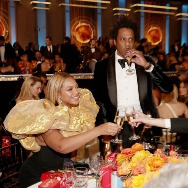 Bỏ qua thảm đỏ, Beyonce & Jay-Z vẫn nổi bật tại lễ trao giải Quả Cầu Vàng 2020