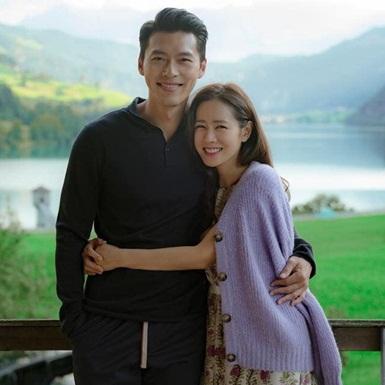 """""""Hạ cánh nơi anh"""": Dẫu là chiếc bánh ngọt hơi ngấy nhưng vẫn đủ sức giúp tvN củng cố lại danh tiếng"""
