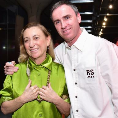 """Màn """"song kiếm"""" giữa Raf Simons và Miuccia Prada ở ngôi nhà Prada liệu có làm nên kỳ tích trong giới thời trang?"""