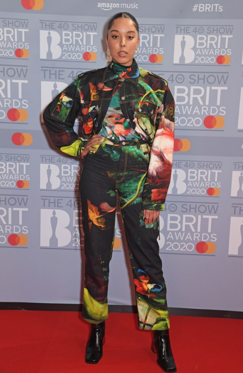 tham do brit awards 2020 - 16
