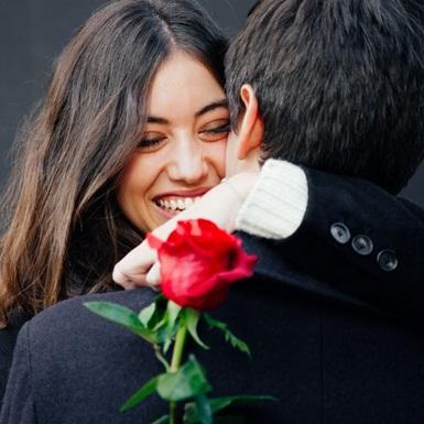 Hơn cả tiệc tối lãng mạn và chocolate, đây là những gợi ý trên cả tuyệt vời cho ngày Valentine