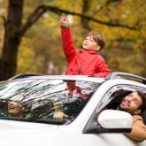 """""""Kẻ khóc – người cười"""" với cửa sổ trời xe hơi"""