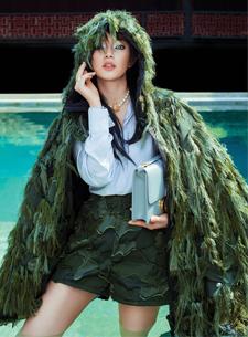"""Châu Bùi """"hóa thân"""" ngoạn mục ở Bangkok trong các thiết kế Xuân Hè 2020 của Dior"""