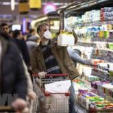 Nghe tin giả uống rượu chống COVID-19, 44 người Iran tử vong