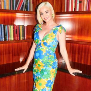 """Katy Perry – """"bà bầu sành điệu"""" bậc nhất làng giải trí thế giới hiện nay"""