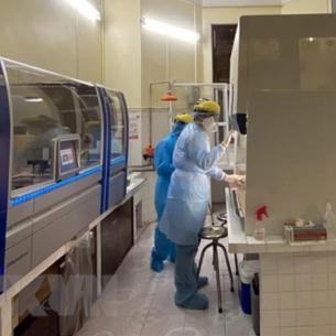 Hướng dẫn việc xét nghiệm COVID-19 tại các cơ sở có phòng xét nghiệm