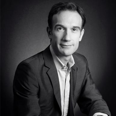 Ông Patrice Leguéreau – Người thổi hồn cho những tuyệt tác trang sức cao cấp của Chanel
