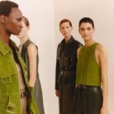 Hermès ra mắt kiệt tác trên lụa mang tên Double Face Carré