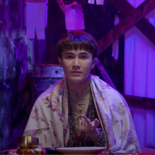 """Ra mắt video vào lúc 0 giờ, Huỳnh Lập khiến khán giả nổi da gà với series """"Một nén nhang"""""""