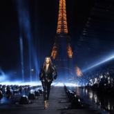 """Saint Laurent """"thoát ly"""" khỏi Tuần lễ Thời trang Paris, tự thiết lập lịch trình riêng"""