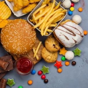 Tránh xa những thói quen ăn uống làm suy giảm hệ miễn dịch của cơ thể