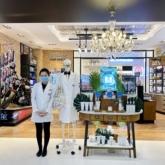 Các hoạt động tư vấn da và quà tặng hấp dẫn không thể bỏ lỡ tại cửa hàng mới nhất của Kiehl's ở Vincom Đồng Khởi