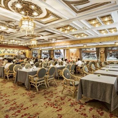Khách sạn Rex mang đến nhiều ưu đãi chưa từng có trong mùa du lịch nghỉ dưỡng