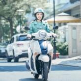 """Sao Việt hào hứng """"khám phá chất riêng"""": Chi Pu lái xe sành điệu, Diệu Nhi sang chảnh bất ngờ"""