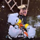 Indonesia: Cứu sống một người Anh mắc kẹt dưới giếng trong 6 ngày