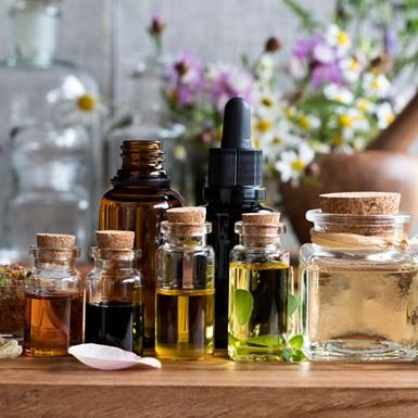 Điểm danh những loại tinh dầu giúp giảm căng thẳng và lo âu