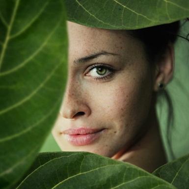 Mách bạn những nguyên liệu từ thiên nhiên điều trị nám và tàn nhang