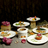 Thưởng thức ẩm thực trứ danh từ Á sang Âu tại nhà hàng tọa lạc trên đường Pasteur sầm uất