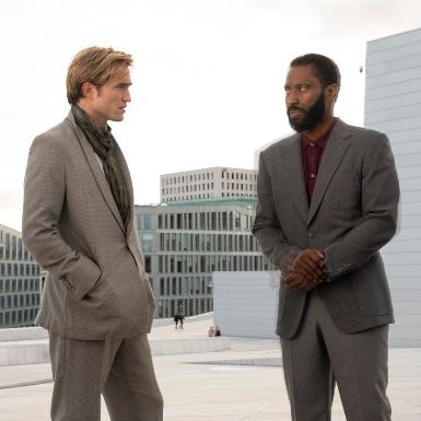 """Siêu bom tấn của """"gã phù thủy"""" phim hành động Christopher Nolan khuấy đảo màn bạc với các suất chiếu đầu tiên"""