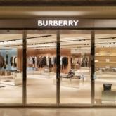 Burberry mang đến không gian hoàn toàn mới tại hai cửa hàng ở Hà Nội