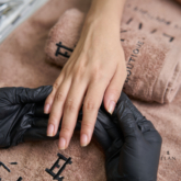 Ngoài rửa tay thì vệ sinh móng cũng quan trọng không kém và đây là 8 bước làm sạch móng ai cũng cần lưu ý
