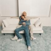 """""""Bỏng mắt"""" với hình ảnh của HyunA trong chiến dịch quảng cáo Calvin Klein Thu Đông 2020"""